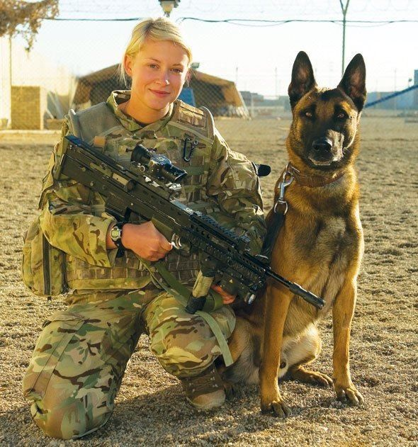 militarhy k9 dog with handler